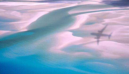 Queensland「View of plane shadow on beach.」:スマホ壁紙(5)
