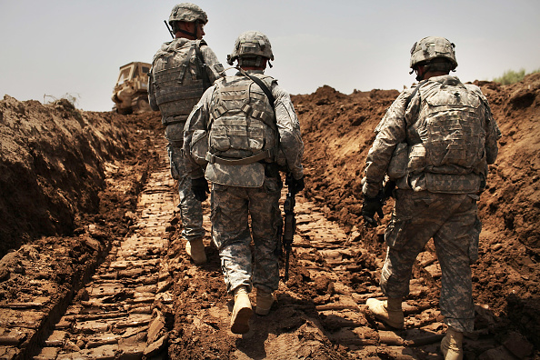 Middle East「Remaining US Troops In Iraq Patrol Restive Babil Province」:写真・画像(7)[壁紙.com]