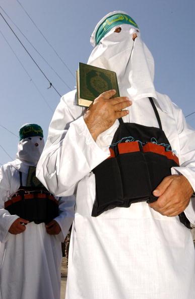 Gaza Strip「Hamas Demonstration In Lebanon」:写真・画像(8)[壁紙.com]