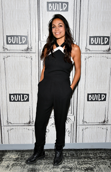 Black Jumpsuit「Build Presents Rosario Dawson Discussing Her Work With The Lower Eastside Girls Club」:写真・画像(3)[壁紙.com]