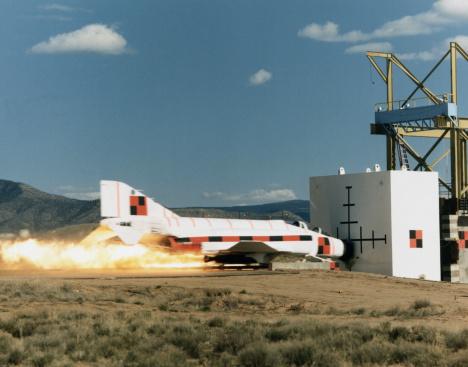 Airplane Crash「Rocket Sled Test of F-4 Phantom Jet」:スマホ壁紙(9)
