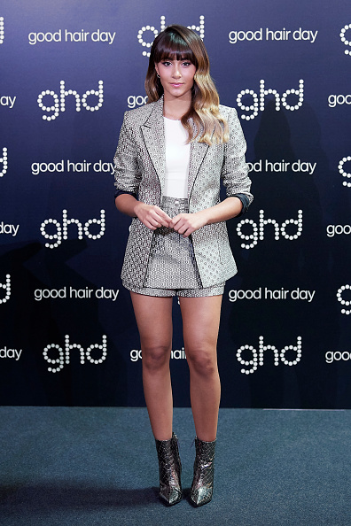 Metallic Shorts「Aitana Presents Ghd Chsitmas Campaign 'Royal Dinasty' In Madrid」:写真・画像(3)[壁紙.com]