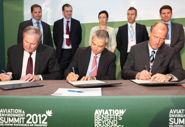 Science and Technology「Environmental Leaders Gather For 2012 Aviation & Environment Summit」:写真・画像(12)[壁紙.com]