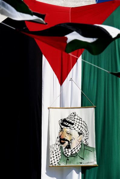 Tom Stoddart Archive「Palestinian Leader Yasser Arafat's Return」:写真・画像(2)[壁紙.com]