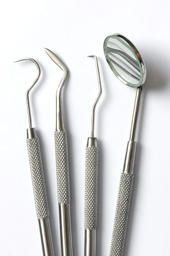 Mirror - Object「Silver dental instruments on white background」:スマホ壁紙(11)