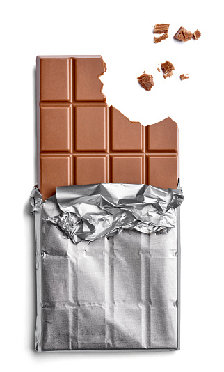 Chocolate「Chocolate bar and crumbs on white background」:スマホ壁紙(2)