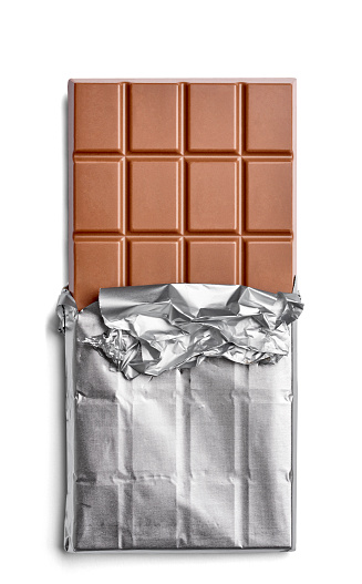 Chocolate「Chocolate bar on white background」:スマホ壁紙(3)