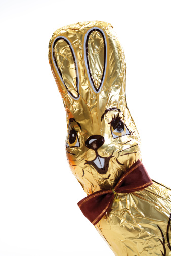 Easter Bunny「Chocolate bunny, close-up」:スマホ壁紙(6)