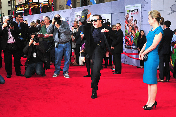 "El Capitan Theatre「Premiere Of Disney's ""Muppets Most Wanted"" - Arrivals」:写真・画像(12)[壁紙.com]"