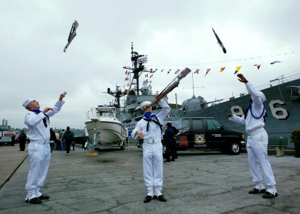 Daniel Gi「Sailors And Ships Arrive For Fleet Week in New York」:写真・画像(17)[壁紙.com]