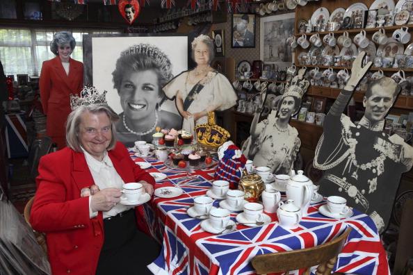 Tea Cup「Royal Collector」:写真・画像(16)[壁紙.com]