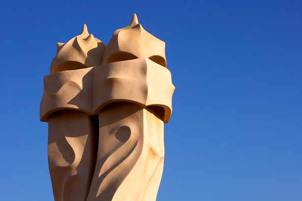 Creativity「View of a detail of the exterior of Casa Mila」:写真・画像(18)[壁紙.com]