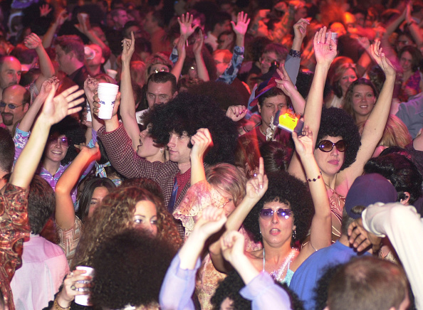 Clubbing「The Brady Boys Attend World's Largest Disco」:写真・画像(15)[壁紙.com]