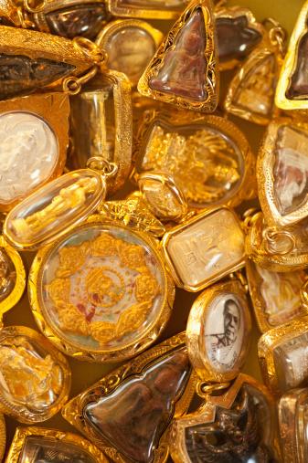 仕事運「Gold Buddhist Amulets」:スマホ壁紙(14)