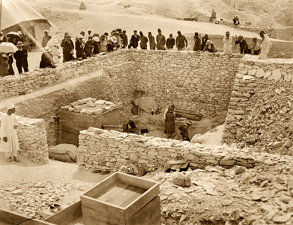 Archaeology「Outside The Tomb Of Tutankhamun Valley Of The Kings Egypt 1922」:写真・画像(16)[壁紙.com]