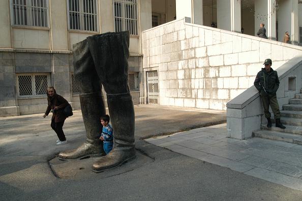 Hiding「Shah's Legs」:写真・画像(7)[壁紙.com]