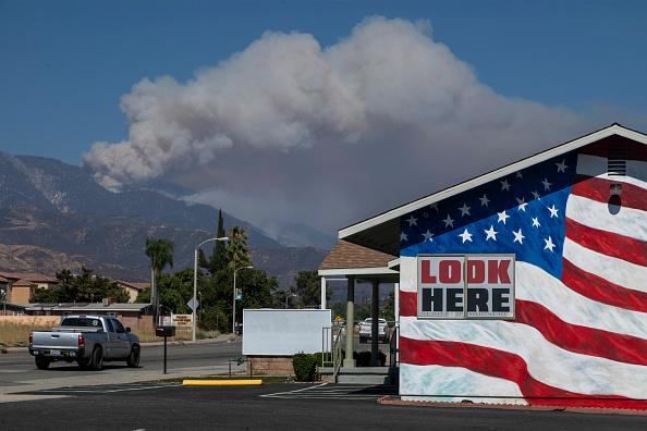 San Bernardino National Forest「Apple Fire In Southern California Forces Evacuations」:写真・画像(17)[壁紙.com]