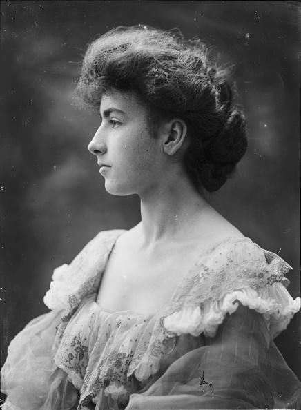 Edwardian Style「Miss Symonds」:写真・画像(5)[壁紙.com]
