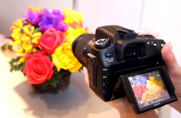 "Surface Level「Sony Introduce New Camera ""Alfa""」:写真・画像(16)[壁紙.com]"