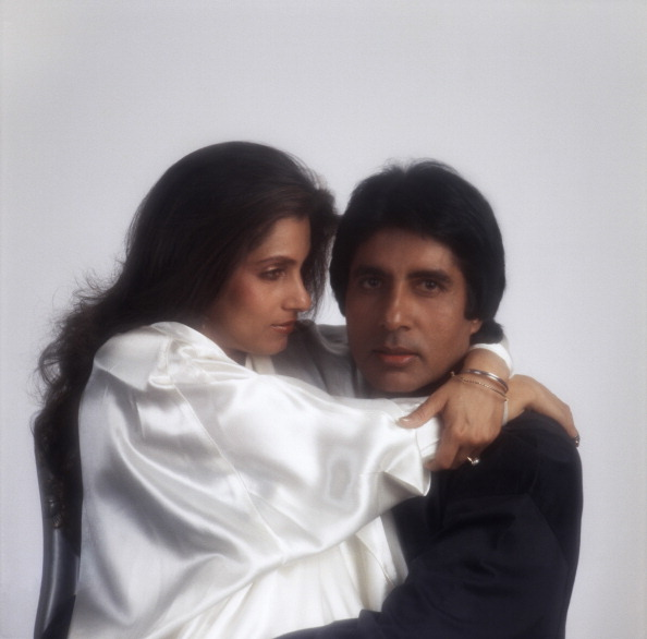 White Background「Amitabh Bachchan And Dimple Kapadia」:写真・画像(18)[壁紙.com]