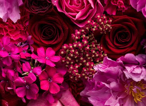 Floral Pattern「Pink and red floral arrangement, detail」:スマホ壁紙(7)