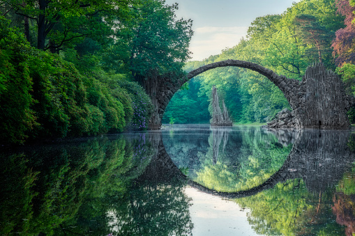 Germany「Arch Bridge (Rakotzbrucke) in Kromlau」:スマホ壁紙(1)