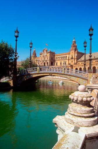 Gothic Style「Arch bridge at Plaza de Espana, Seville, Spain」:スマホ壁紙(8)