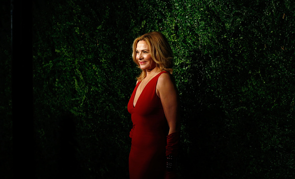 Kim Cattrall「60th London Evening Standard Theatre Awards - Red Carpet Arrivals」:写真・画像(5)[壁紙.com]