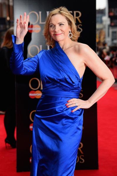Red Nail Polish「The Laurence Olivier Awards - Red Carpet Arrivals」:写真・画像(7)[壁紙.com]
