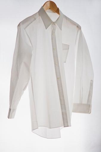 Hanging「A White Collared Business Shirt」:スマホ壁紙(2)