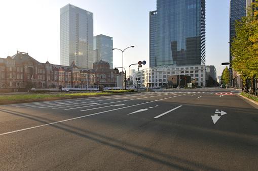 Marunouchi「Tokyo station and Marunouchi at dawn」:スマホ壁紙(19)
