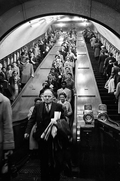 Crowd「London Underground」:写真・画像(6)[壁紙.com]