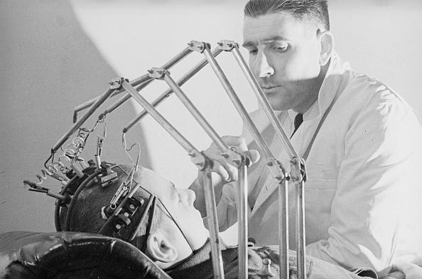 Medical Equipment「Brain Scanner」:写真・画像(10)[壁紙.com]