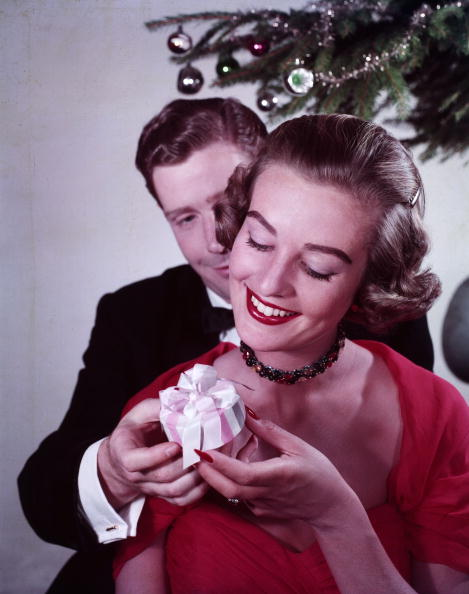Giving「Christmas Gifts」:写真・画像(14)[壁紙.com]