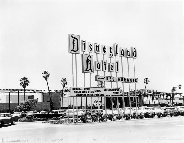 カリフォルニア ディズニーランド「Disneyland CA」:写真・画像(10)[壁紙.com]