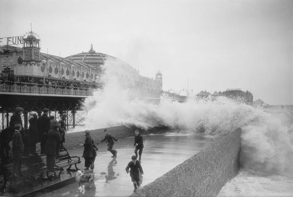 Bench「Brighton Pier」:写真・画像(14)[壁紙.com]