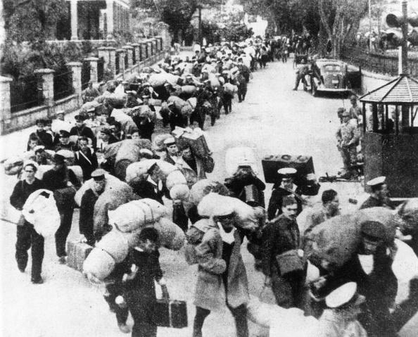 Prisoner Of War「Leaving Hong Kong」:写真・画像(6)[壁紙.com]