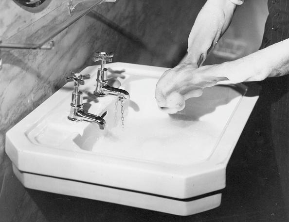 Hand「Washing Hands」:写真・画像(8)[壁紙.com]