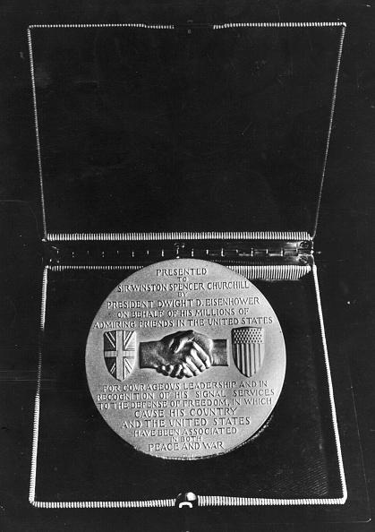 Gold Medal「Gold Medallion」:写真・画像(15)[壁紙.com]