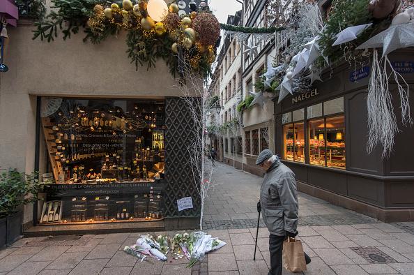 Strasbourg「Strasbourg Hit By Christmas Market Shooting」:写真・画像(6)[壁紙.com]