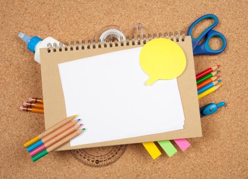 ノート柄「学校用品の背景に」:スマホ壁紙(16)