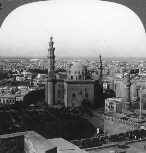 'Cairo - home of the Arabian nights, greatest city of Africa, Egypt', 1905.Artist: Underwood & Underwood:ニュース(壁紙.com)