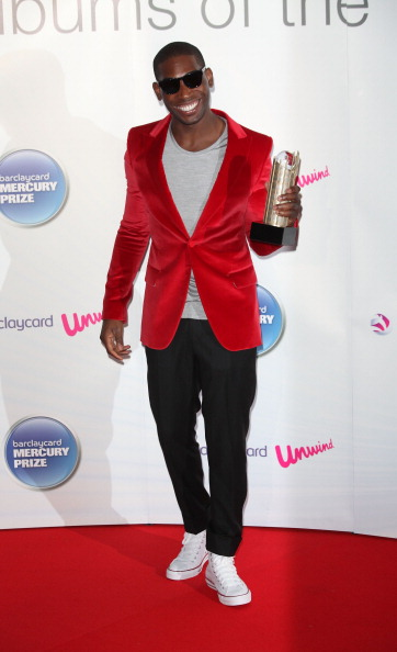 Red Blazer「Barclaycard Mercury Prize - Arrivals」:写真・画像(19)[壁紙.com]