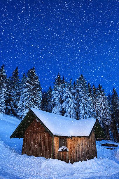 Alpine hut:スマホ壁紙(壁紙.com)