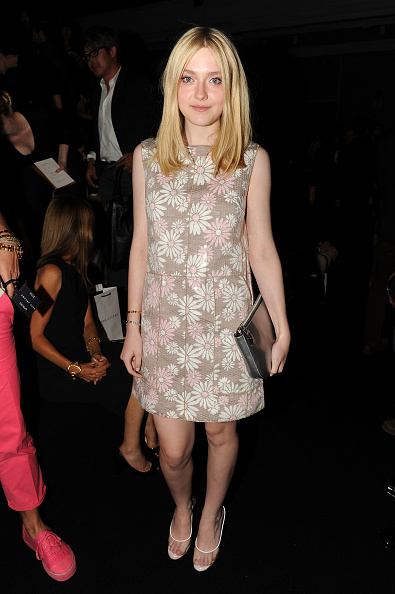 Print Dress「Marc Jacobs Collection - Front Row - Spring 2012」:写真・画像(2)[壁紙.com]