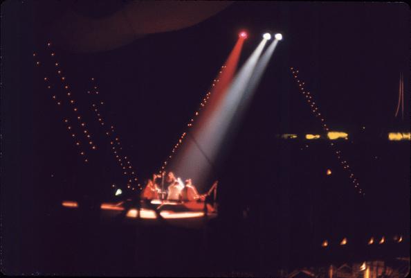 Ravi Shankar - Musician「Ravi Shankar Performs At Woodstock」:写真・画像(4)[壁紙.com]