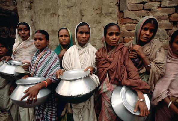 Hungry「Poor Women, Calcutta, India」:写真・画像(17)[壁紙.com]