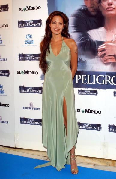 Silver Shoe「Angelina Jolie」:写真・画像(0)[壁紙.com]