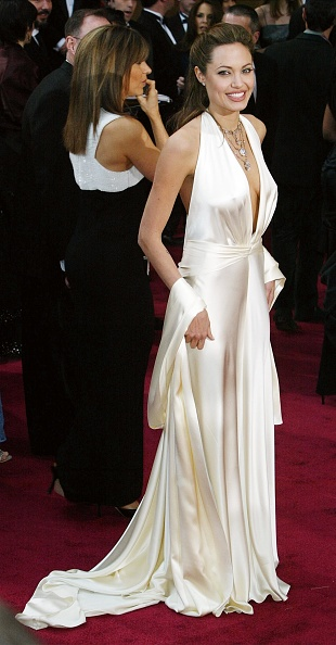 Necklace「76th Annual Academy Awards - Arrivals」:写真・画像(2)[壁紙.com]