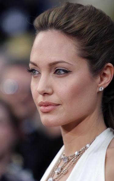 Necklace「76th Annual Academy Awards - Arrivals」:写真・画像(3)[壁紙.com]